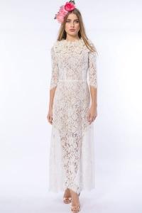 d6581b6f5c Królewna Śnieżka - suknia ślubna haftowana kwiatami