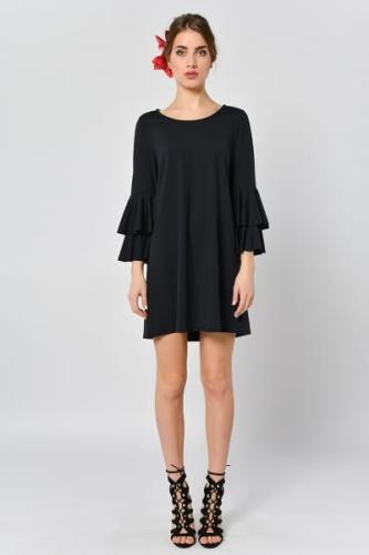 b7a60ec5c2 Malwa Czarna - czarna sukienka z falbanami przy rękawach.  c49aacf7d913d3a8ee03a05e011adb95